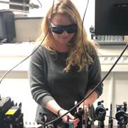 """ברכות לדוקטורנטית דינה רוזנברג מבית הספר לכימיה על זכייתה בפרס ע""""ש יורטנר לדוקטורנט מצטיין לשנת 2020"""